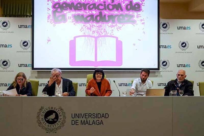 """Los poetas Isabel Pérez Montalbán y Antonio Jiménez Millán abren el ciclo """"Generación de la madurez""""."""
