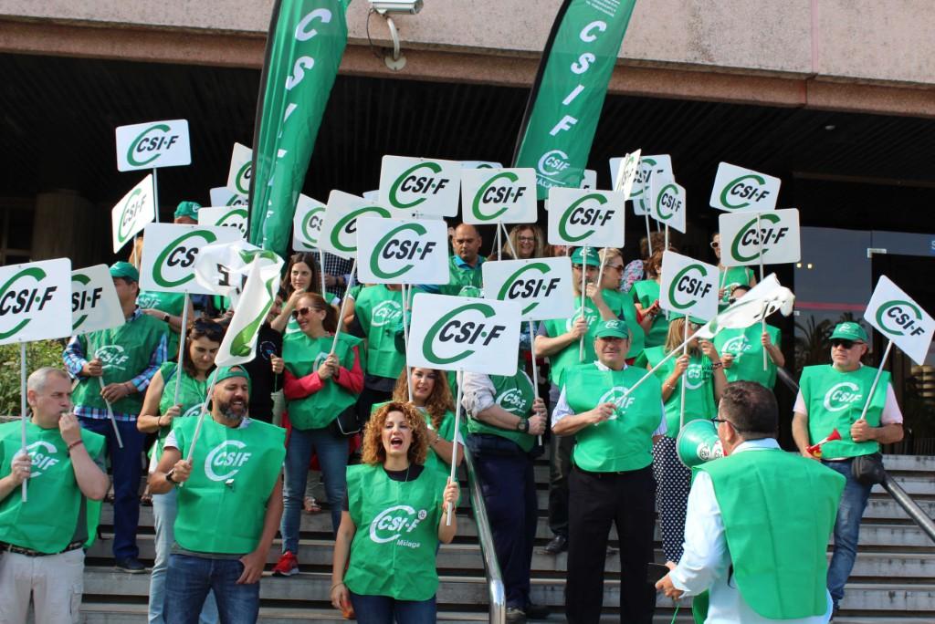 CSIF denuncia que la Junta pone en riego la atención en los centros sociales al tener paralizada la contratación en Málaga