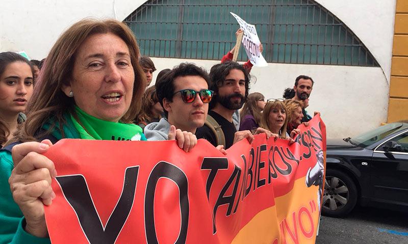 """Carmen Manzano, presidenta de la Sociedad Protectora de Animales de Málaga: """"Que yo sepa, una batida de perdices nunca ha dado un puesto de trabajo en un pueblo"""""""