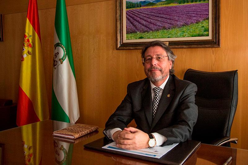 El COPAO se muestra favorable a la decisión de la Junta de Andalucía de exigir la colegiación de los trabajadores de las unidades de violencia machista
