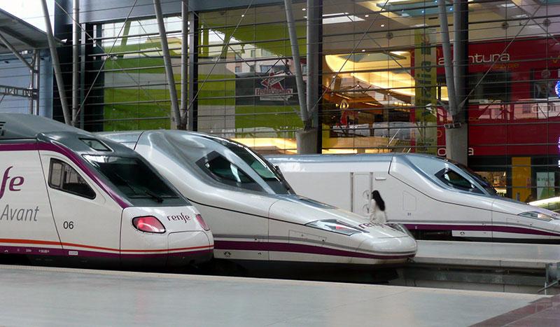 Empresas del clúster Smart City y de Railway Innovation Hub desarrollarán avatares y sistemas de guiado en estaciones para personas con problemas de movilidad