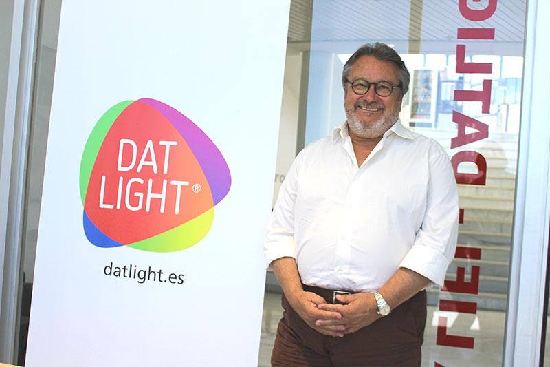 """Antonio Díaz Criado, director general de DatLight: """"La tecnología LIFI multiplica por cien la velocidad del wifi. Es barata, fiable y saludable"""""""