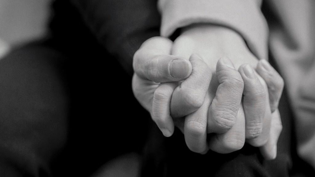 Fundación Unicaja respalda a la Asociación Alhelí en su proyecto de atención psicosocial para afrontar el duelo causado por la pérdida de un ser querido
