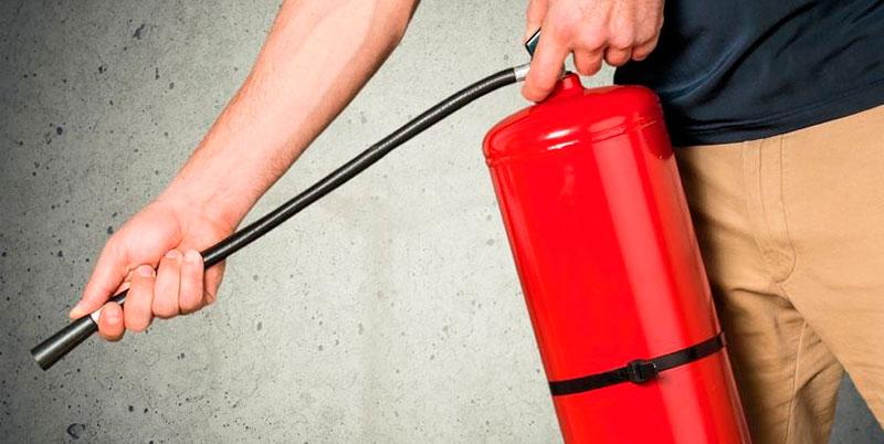 Prevención de incendios en los lugares de trabajo. Francisco Martín. Técnico Superior en Prevención de Riesgos Laborales. Grupo ANP.