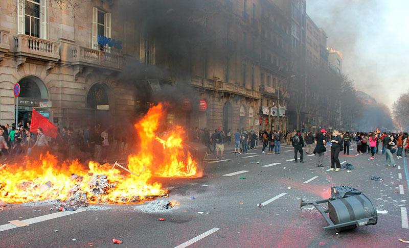 Editorial – En Cataluña, el cáncer ya deriva en metástasis