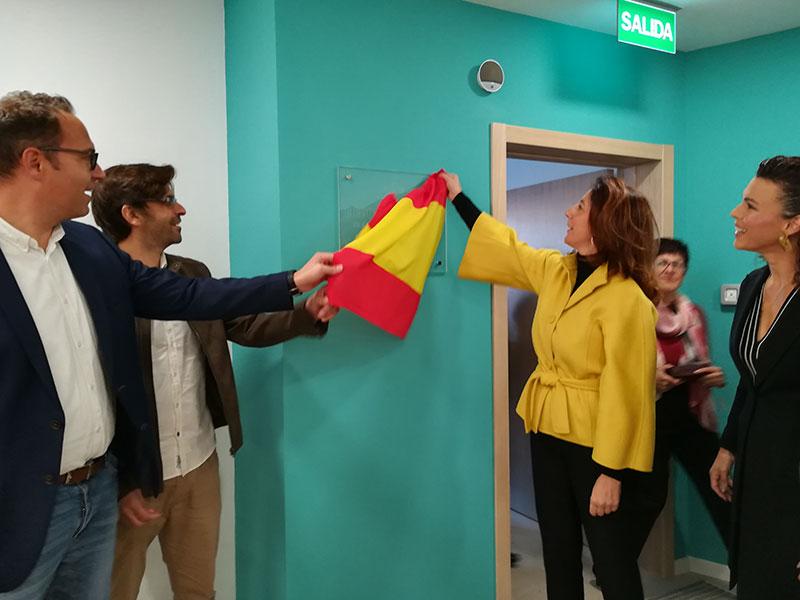 La  alcaldesa de Alhaurín El Grande inaugura la nueva Biblioteca Municipal Mari Pepa Estrada de Villafranco del Guadalhorce