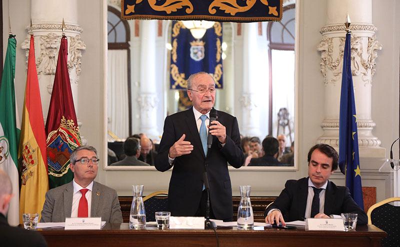 El Ayuntamiento de Málaga se reúne con administraciones para avanzar en el desarrollo del proyecto de la nueva vía perimetral del área metropolitana de Málaga