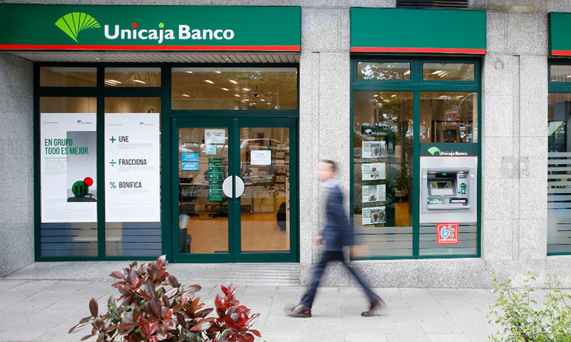 Unicaja Banco apoya a los comercios afectados por la crisis del coronavirus con la exención de la comisión de mantenimiento de los terminales de pago (TPV)