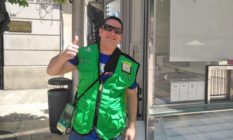"""La ONCE arranca el 15 de junio sus sorteos del cupón, con sus vendedores y vendedoras """"a pie de calle"""""""