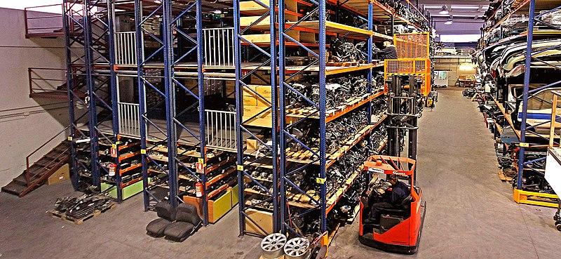 La manipulación manual de cargas. Patricia Rodríguez. Ingeniero Técnico Industrial y Técnico Superior en Prevención. Grupo ANP