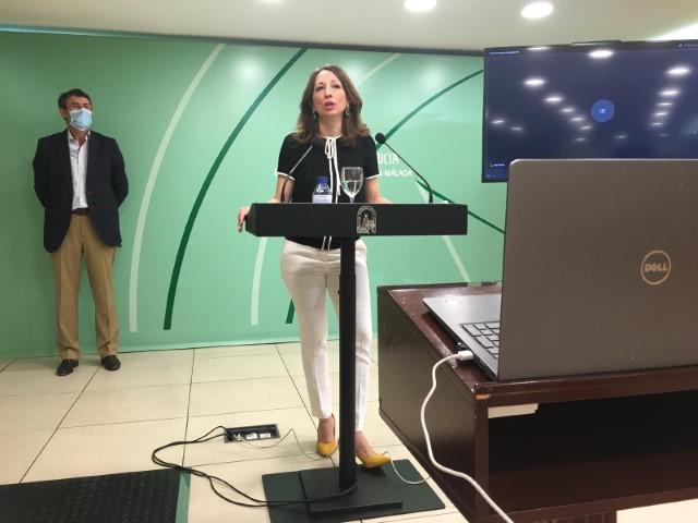 """La Junta apuesta por las exportaciones y el turismo como """"tabla de salvación"""" de la economía malagueña"""