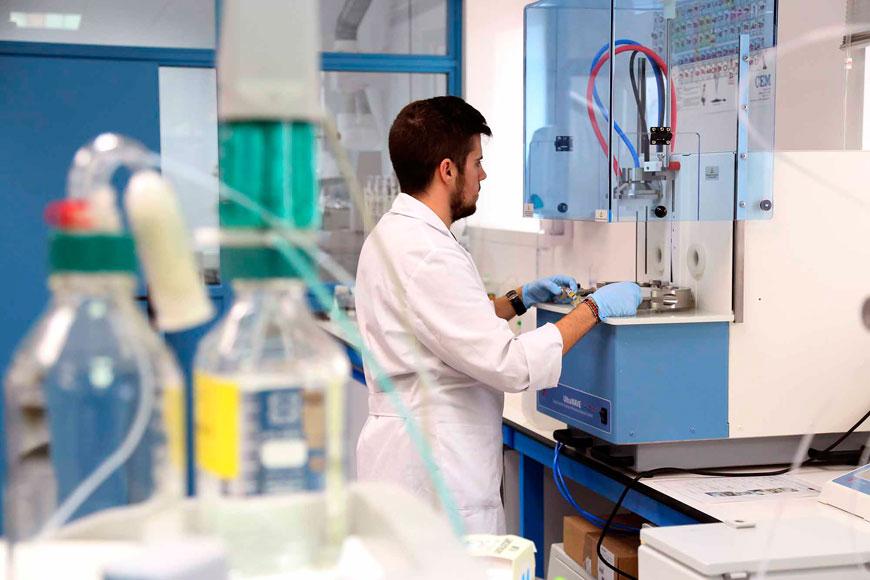 La UMA recibe más de un millón de euros para material científico y la mejora de infraestructuras de I+D+i