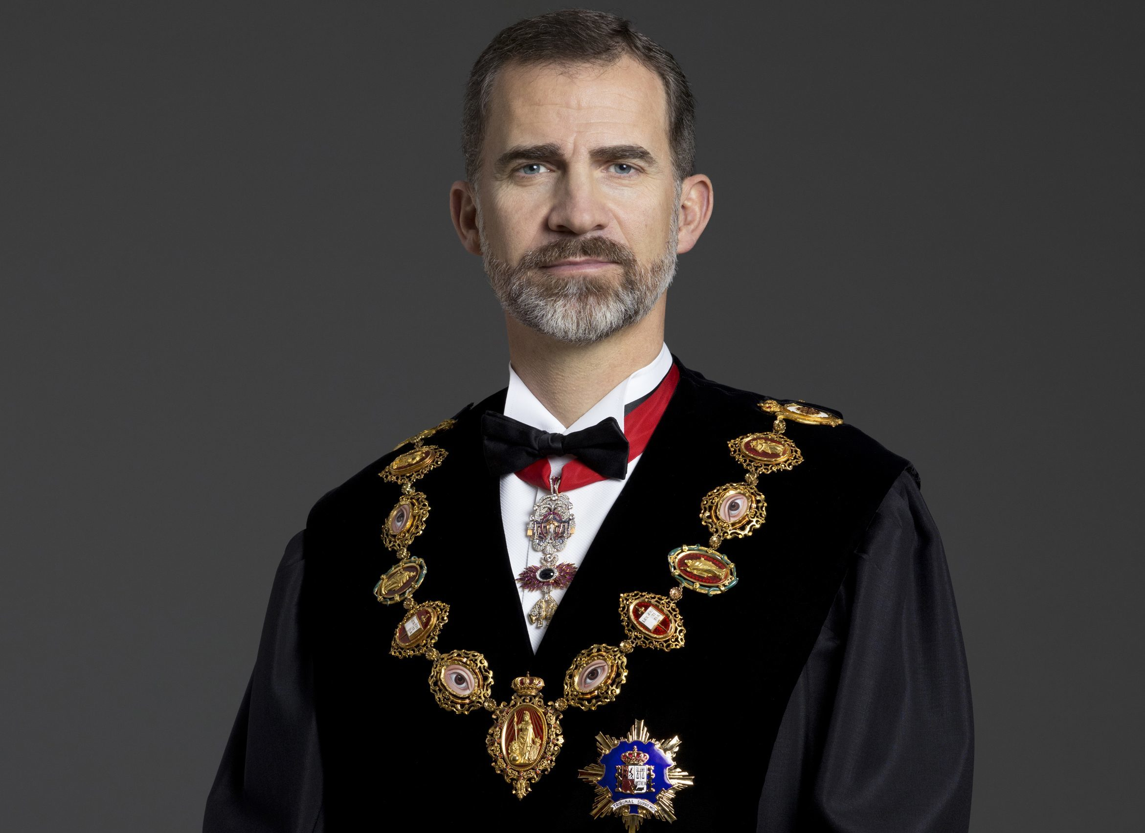 Editorial – En defensa del Rey frente al Gobierno ultra y los golpistas catalanes