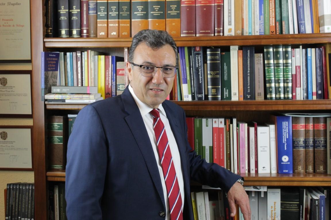 Entrevista con José Manuel Conejo, candidato a decano del Colegio de Abogados