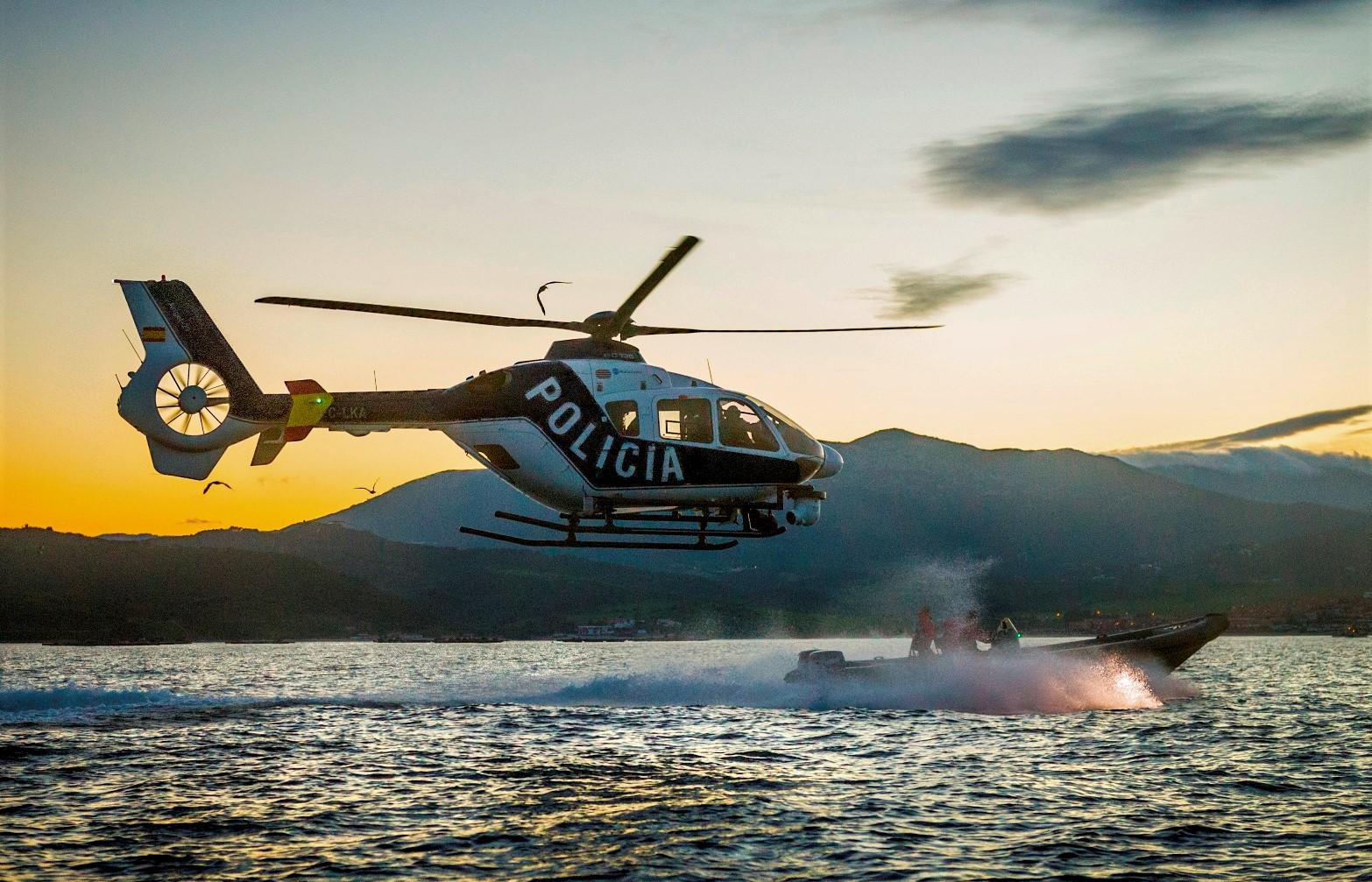 """Análisis en Foro Naval sobre el """"ataque de piratas"""" marroquíes a un catamarán alemán en el golfo de Cádiz"""