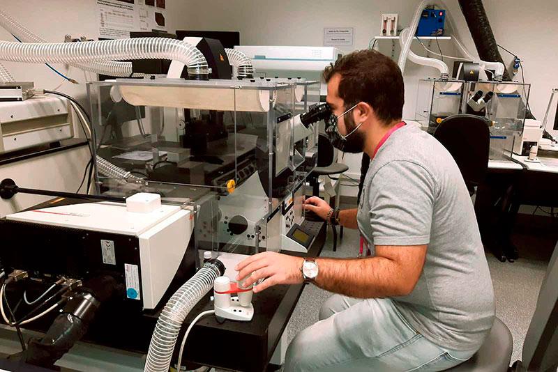 Investigadores de la UMA trabajan en un nuevo modelo molecular que mejorará el campo de la bioimagen