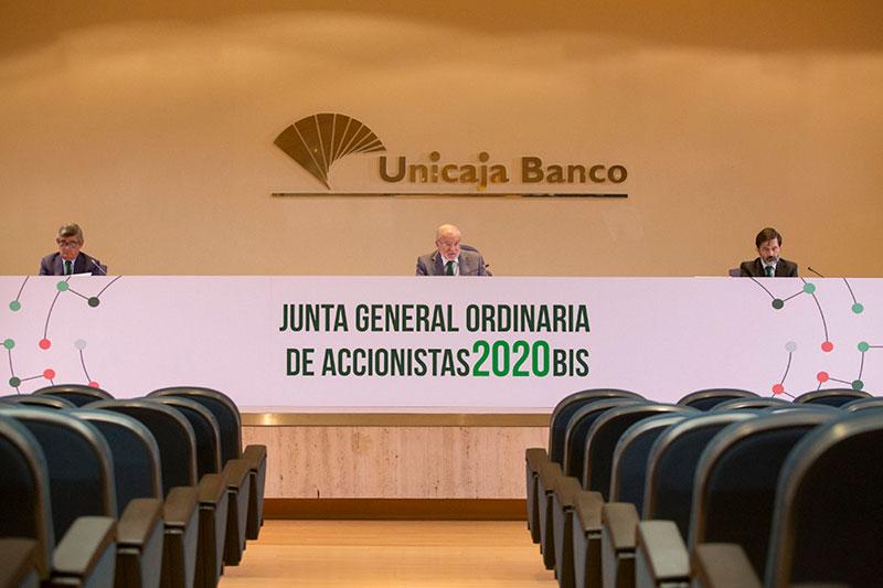 La Junta de Accionistas de Unicaja Banco aprueba destinar 77,52 millones a reservas y reducir su capital social para amortizar las acciones de la autocartera