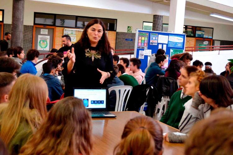 La profesora de la UMA Belén Gago obtiene el premio a la mejor iniciativa de divulgación