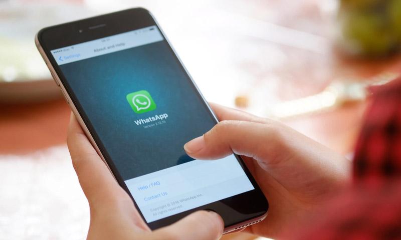 WhatsAppitis: El uso continuado del móvil nos está cambiando el pulgar