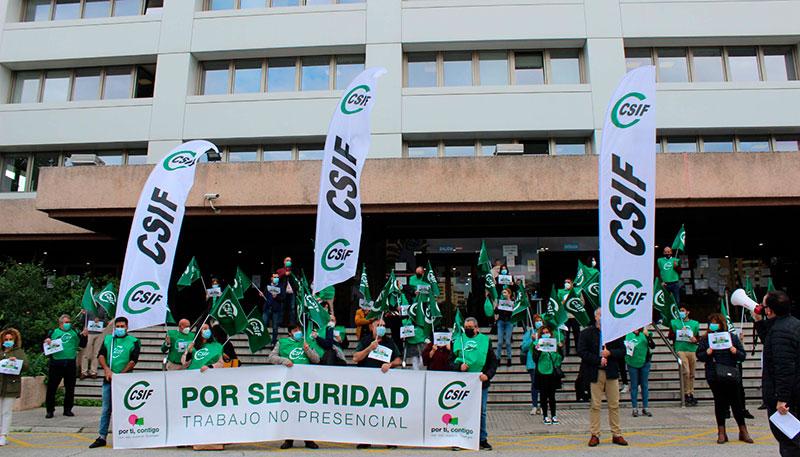 La regulación del trabajo no presencial, asignatura pendiente de la Administración andaluza en 2020, según CSIF