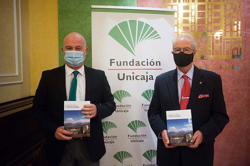 Fundación Unicaja edita un libro sobre la aparición de la escritura en la Península Ibérica