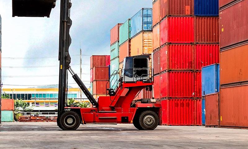 Las exportaciones andaluzas alcanzan los 2.223 millones de euros en enero y logran un superávit comercial de 325 millones