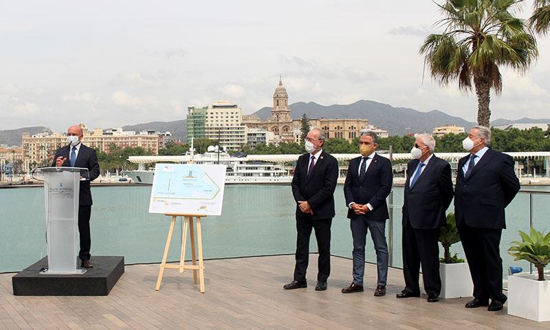 Comienzan las obras de la marina de megayates en los muelles 1 y 2 del Puerto de Málaga