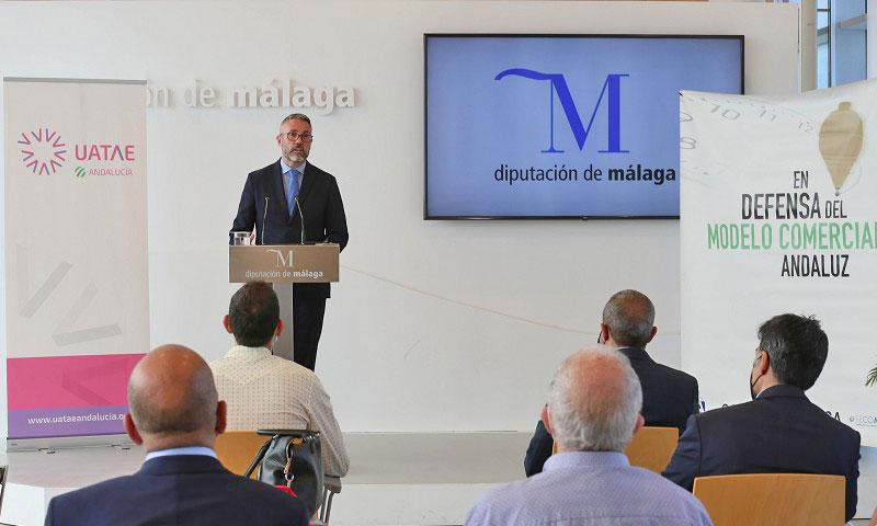 La Diputación presenta un proyecto para garantizar el relevo generacional de los autónomos