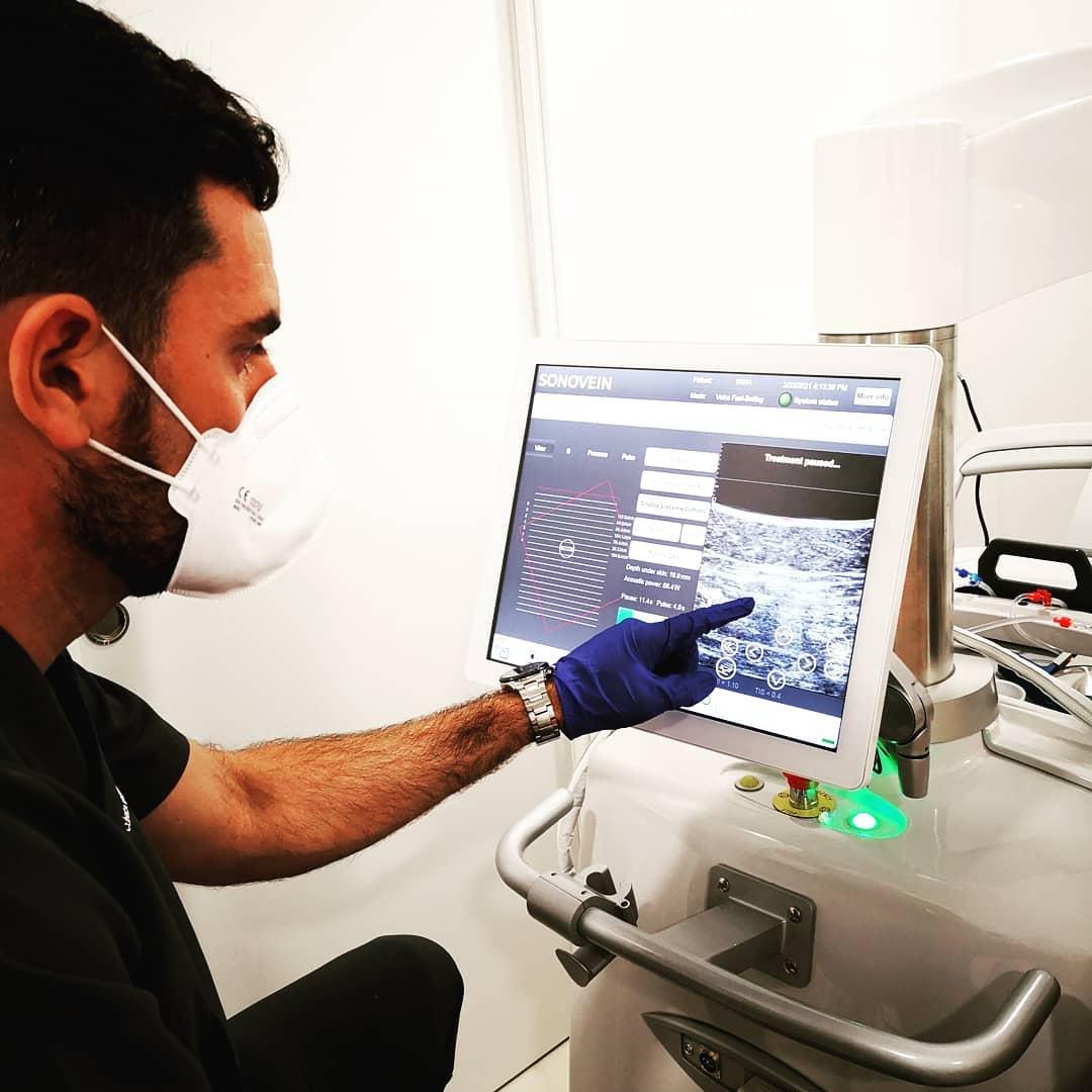 El sistema robótico Sonovein S, único tratamiento de varices no invasivo
