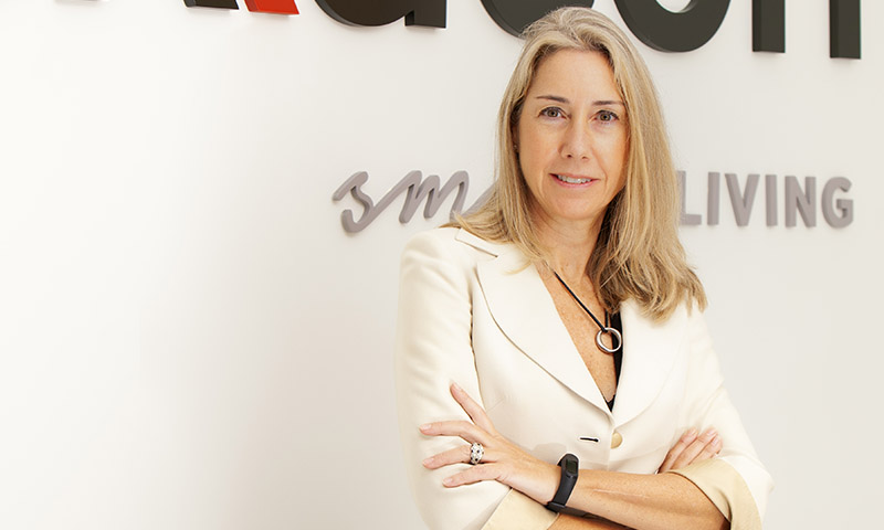 Entrevista con Elena Cuberos, directora general de Exxacon