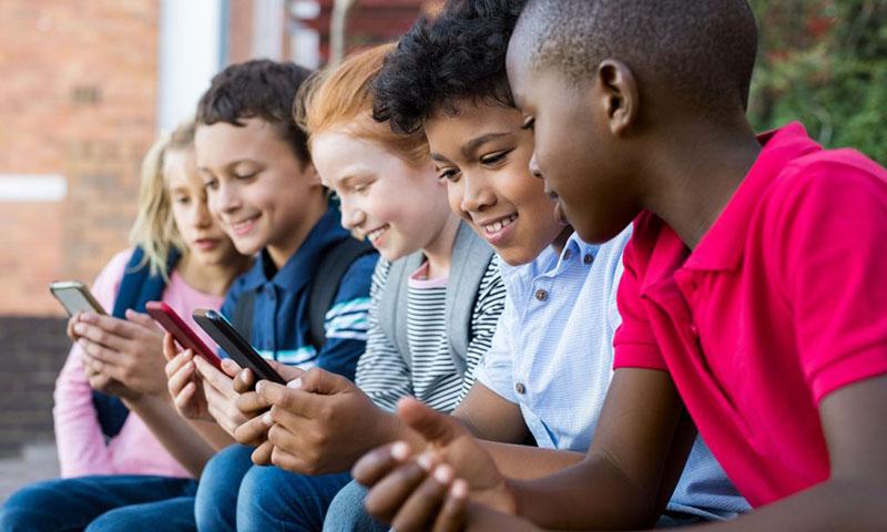 UNICEF considera el acceso de los niños a la pornografía como uno de los derechos humanos