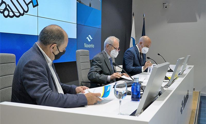Las renovables andaluzas unen fuerzas con el Clúster Marítimo Naval de Cádiz y el Marino de Andalucía para el impulso de las energías marinas