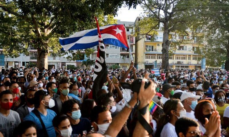 La izquierda española, callada ante la represión en Cuba