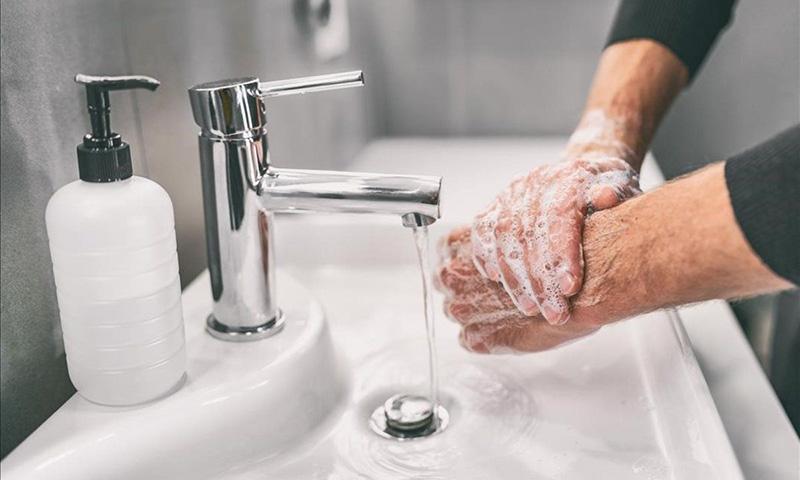Consejos para lavarse las manos correctamente. Yari Marie Maldonado Rodríguez.  Técnico en Prevención de Riesgos Laborales e Higienista Industrial. Grupo ANP.