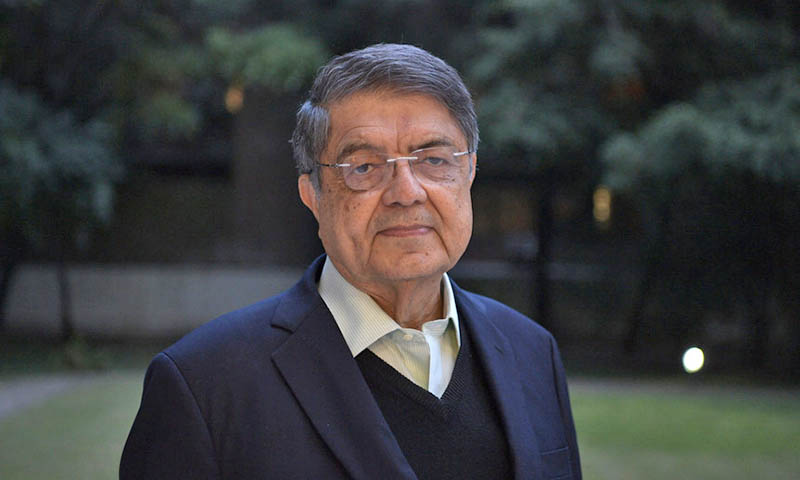 El escritor Sergio Ramírez perseguido por el dictador nicaragüense Ortega