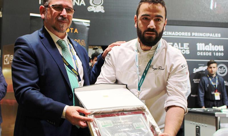 Beluga y el chef Diego René  Plato de Oro y Gorro Blanco, respectivamente